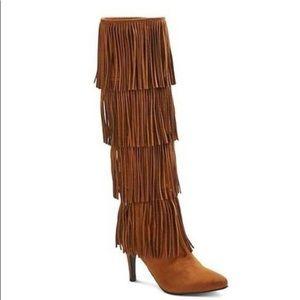 Shoes - fringe boots